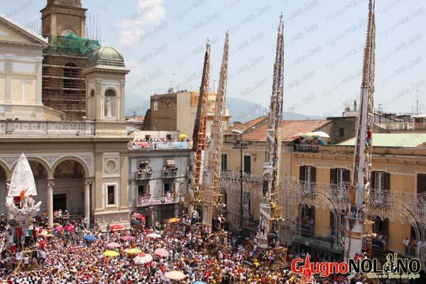 le origini della festa dei gigli, gigli in piazza 2009